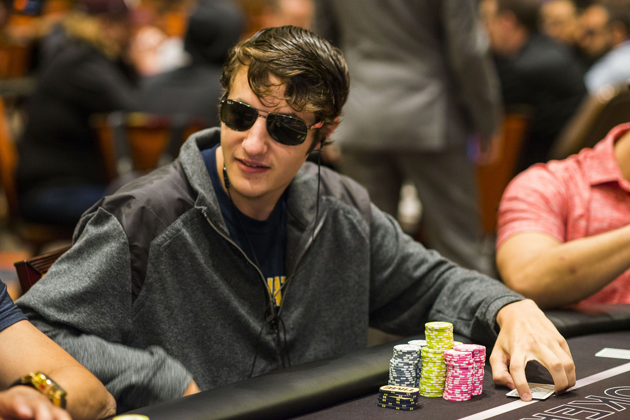 Stashin Chips 20 Year Old College Student Leads Field At Wpt Choctaw World Poker Tour